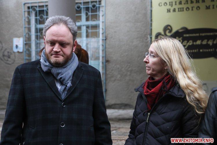 sypryn zhitomir 17 - У Житомирі чиновники показували Уляні Супрун та її заступнику амбулаторію і поліклініку. Фоторепортаж