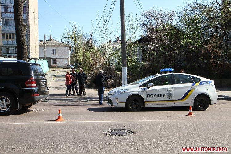 DTP boleyko 11 - На Великій Бердичівській у Житомирі не розминулися дві автівки