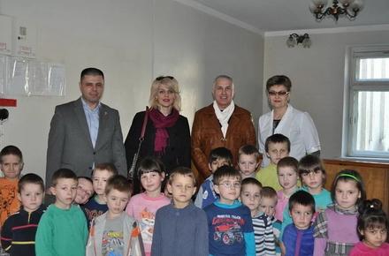 2017 04 12ilgaryshka 2 w440 h290 - «Конгрес Солідарності Азербайджанців України» надав благодійну допомогу дитячому санаторію