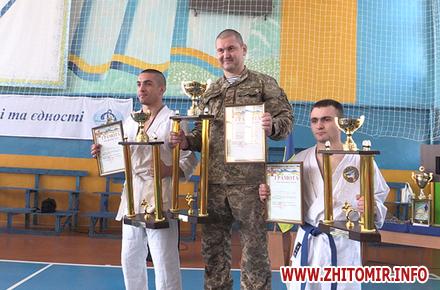 2017 04 2120170421 turnir vdv 08 w440 h290 - У Житомирі нагородили переможців Всеукраїнського турніру з рукопашного бою серед військових