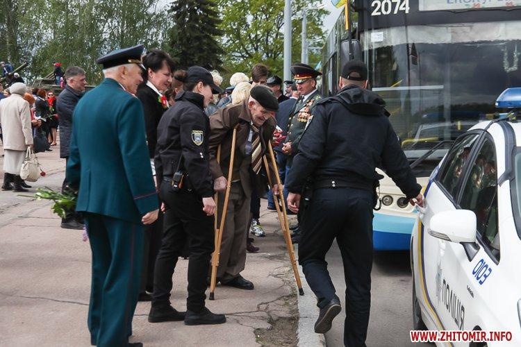 9naj17 monyment 50 - Печененко про 9 травня в Житомирі: Ми разом не допустили провокацій та забезпечили спокій і безпеку