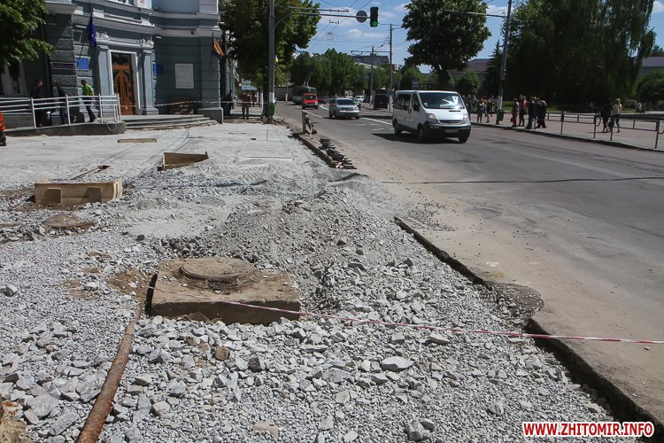 20170515 myhaylivska remont 03 - Житомирську Михайлівську ремонтують одночасно з двох кінців. Фоторепортаж