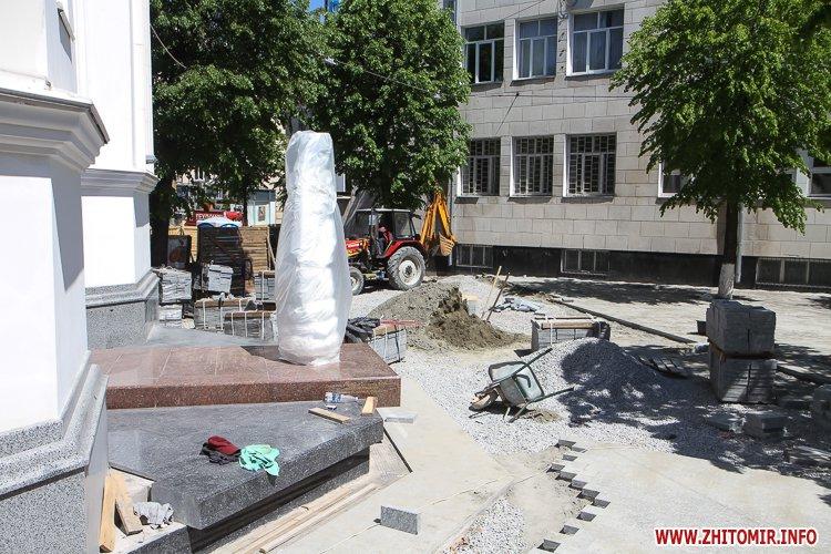 20170515 myhaylivska remont 15 - Житомирську Михайлівську ремонтують одночасно з двох кінців. Фоторепортаж