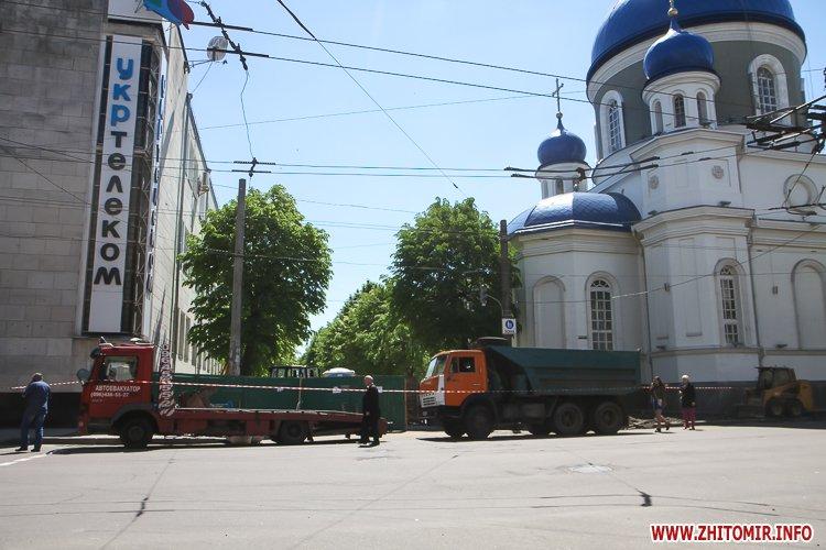 20170515 myhaylivska remont 24 - Житомирську Михайлівську ремонтують одночасно з двох кінців. Фоторепортаж