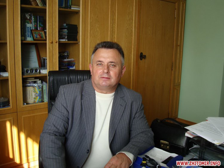 vragi gorod 1 - Статки головних лікарів двох міських лікарень Житомира: квартири, пенсії та сімейний підряд