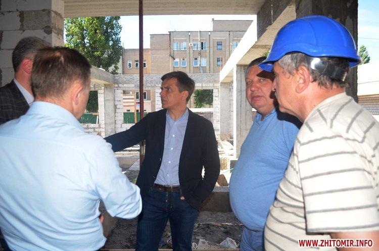 BYDivn 7 - Мер Житомира подивився, якими темпами рухається будівництво гімназії №3 та дитсадка на Крошні