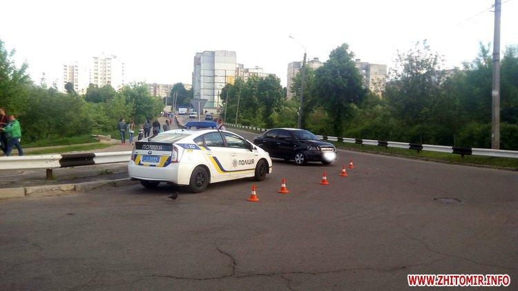 edeniChka 6 - Ще одна ДТП в Житомирі: на т-подібному перехресті не розминулися маршрутка й Chevrolet