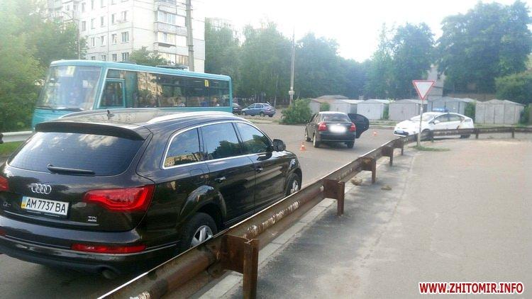 edeniChka 7 - Ще одна ДТП в Житомирі: на т-подібному перехресті не розминулися маршрутка й Chevrolet