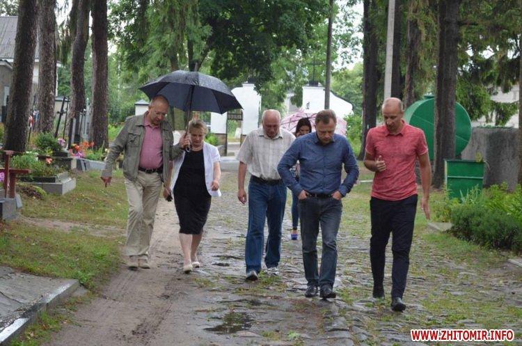 cvPol 4 - До кінця серпня в Житомирі планують завершити проект бюджету участі з упорядкування Польського цвинтаря