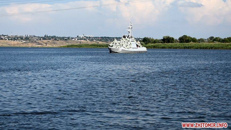 20170718 vdvtraining 08 - Житомирські десантники взяли участь у масштабних навчаннях частин ВДВ, які відбувалися у повітрі, на морі та на суші
