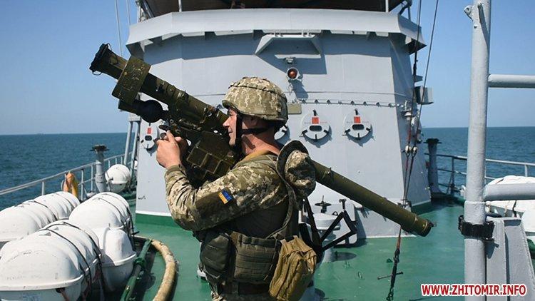 20170718 vdvtraining 14 - Житомирські десантники взяли участь у масштабних навчаннях частин ВДВ, які відбувалися у повітрі, на морі та на суші