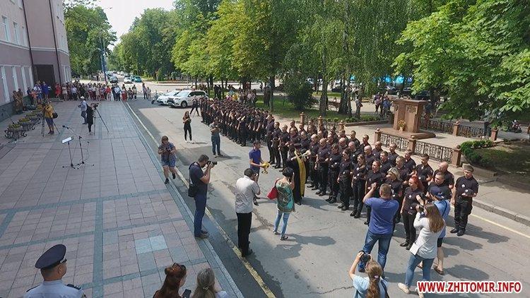 20170721 prysyaga 14 - Нові житомирські оперативники та дільничні інспектори поліції: Від нас залежить порядок в країні