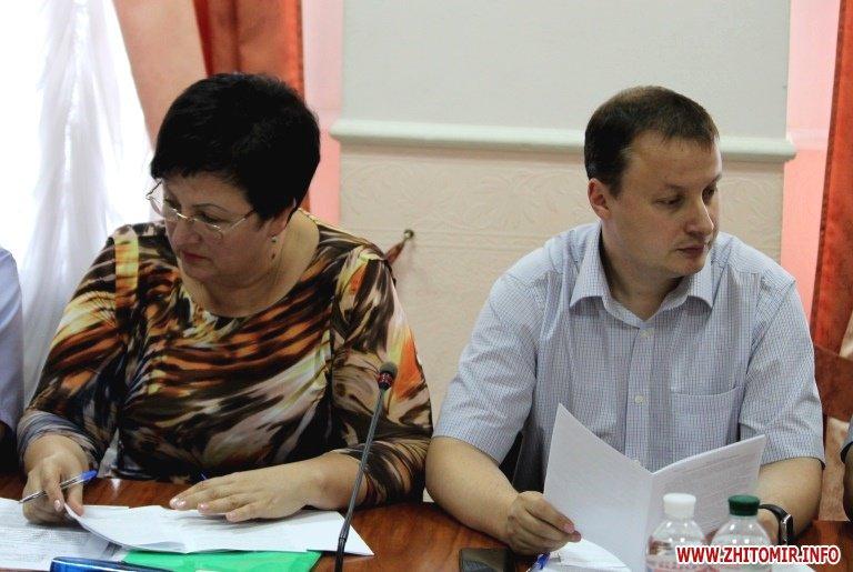 1aprezid13 - На сесії Житомирської облради хочуть скасувати рішення про виділення землі для монастиря УПЦ МП