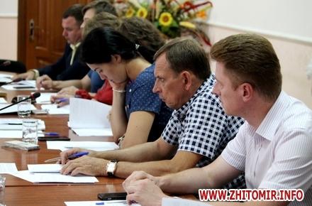 2017 07 241aprezid6 w440 h290 - На сесії Житомирської облради хочуть скасувати рішення про виділення землі для монастиря УПЦ МП