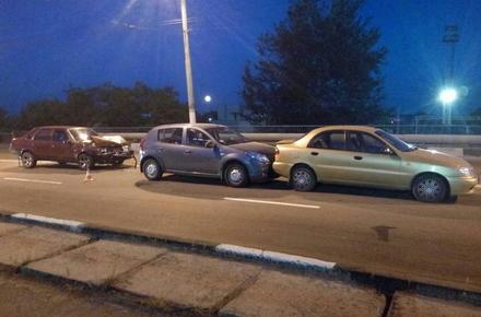 2017 08 10zghEWr 4 w440 h290 - На мосту біля житомирського автовокзалу сталася подвійна ДТП, є потерпілий