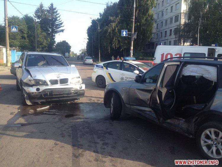 naDon 4 - Два BMW не поділили перехрестя в Житомирі, постраждала 12-річна дівчинка