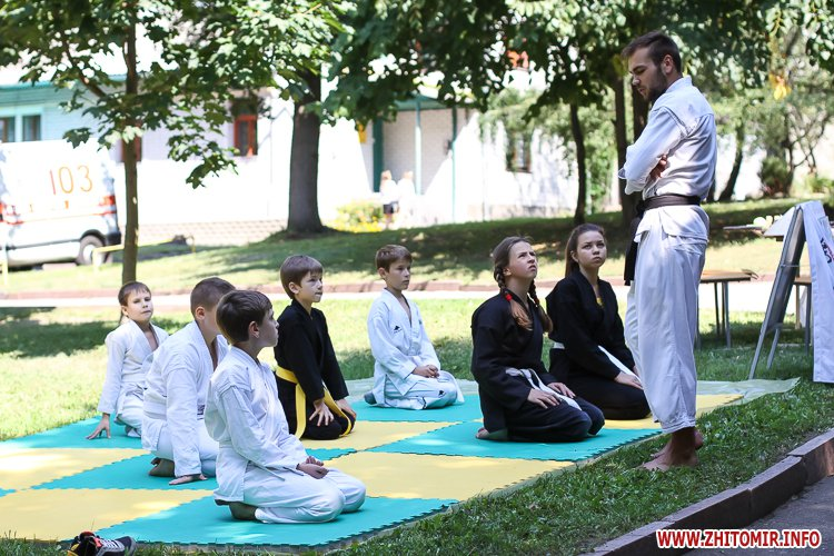 nqnwne 05 - Перший день фестивалю «Пісенний Спас» у житомирському парку культури. Фоторепортаж