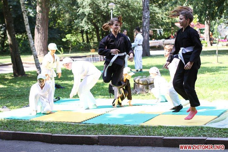nqnwne 08 - Перший день фестивалю «Пісенний Спас» у житомирському парку культури. Фоторепортаж
