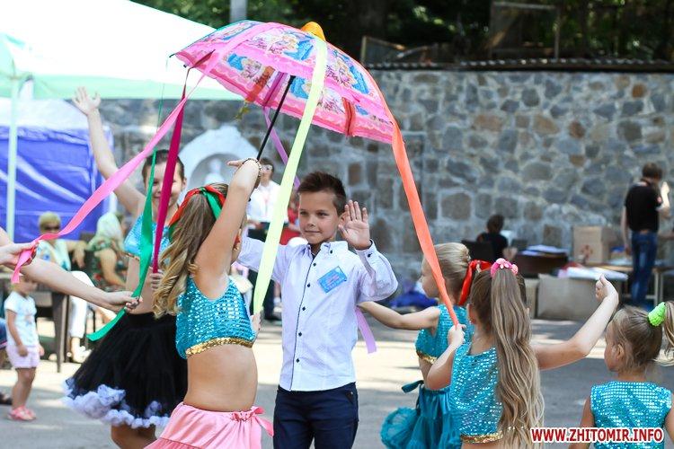 nqnwne 40 - Перший день фестивалю «Пісенний Спас» у житомирському парку культури. Фоторепортаж