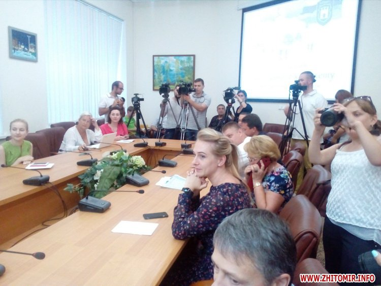 mSydil 07 - До Дня міста житомирська фірма за 1,3 млн грн покладе бруківку на Театральній