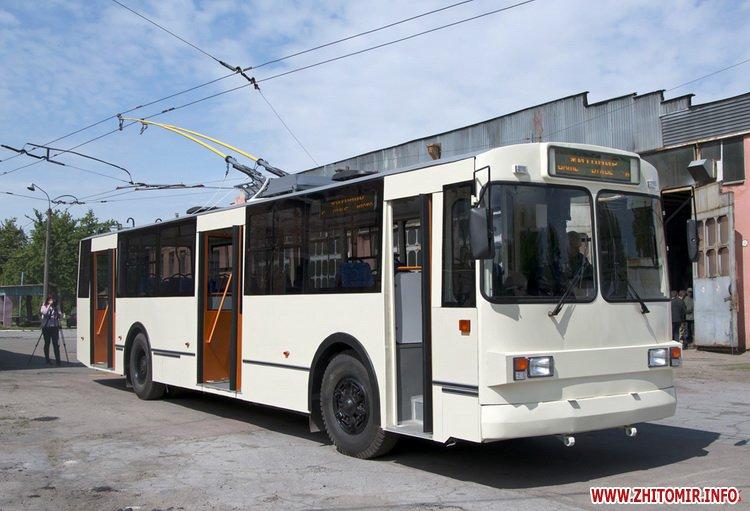 jajhe - Житомирське ТТУ випустило на лінію оновлений тролейбус вартістю близько мільйона гривень