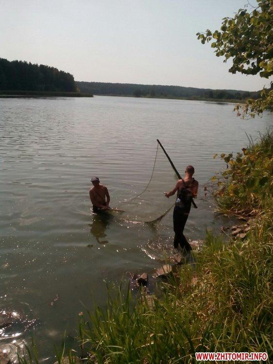 ruboohorona patryl 1 - За 10 днів Житомирський рибоохоронний патруль вилучив на ринках майже 70 кг незаконно добутої риби
