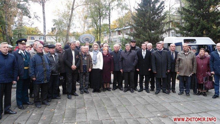 Chorn ato 4 - У селищі поблизу Житомира відкрили пам'ятник ліквідаторам на ЧАЕС, а в Чуднівському районі – меморіальну дошку АТОшнику