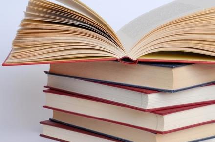 2017 10 30knygy2301020171 w440 h290 - Житомирська ОДА обирає видавців, які за 200 тис. грн надрукують суспільно значущі книжки місцевих авторів