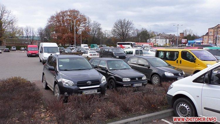 lkas 08 - Як у Житомирі дотримуються закону щодо паркування на місцях для людей з інвалідністю