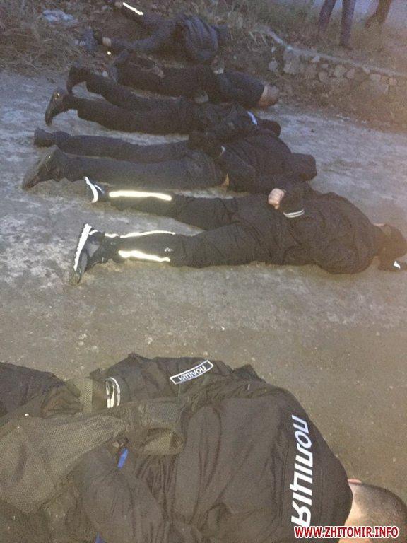 5a3ffd7b533de - Житомирські поліцейські допомогли затримати у Запоріжжі зухвалу банду «донецьких»
