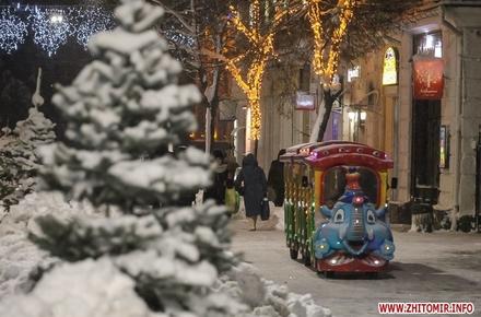 c166ac3ea604c58f7a583088c924ad3b preview w440 h290 - До Нового року на Михайлівській у Житомирі хочуть влаштувати «Казкове Багаття» та провести фестиваль Панчохи