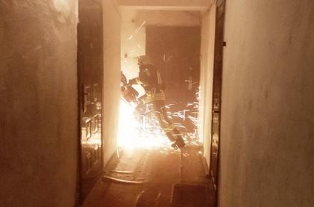 86f35007afed85a3b6ee91602aa44161 preview w440 h290 - У Коростишеві горіла квартира у п'ятиповерхівці: господиню шпиталізували, але вона не вижила