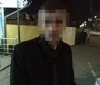 0656466b124a9dac252b9e382922faf3 preview w440 h290 - На Мальованці в Житомирі патрульні знайшли гранату в пакеті чоловіка, якому зробили зауваження про алкоголь