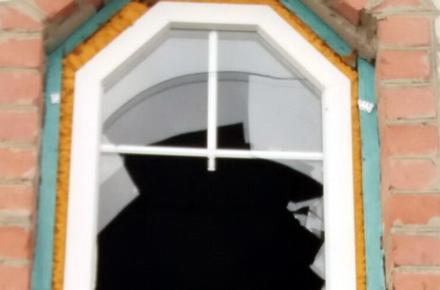 8ae725312cb2752bb03d7867e21ba58a preview w440 h290 - Поліція розшукала чолов'ягу, який на Благовіщення вліз у церкву в Житомирській області та виніс гроші й вино