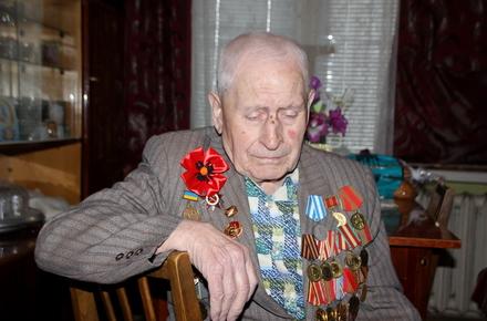 6ced20f0d8629d1d8996e08d73ff07e1 preview w440 h290 - Борислав Розенблат: героїчний приклад ветеранів наслідують їхні онуки, які на Сході захищають Україну