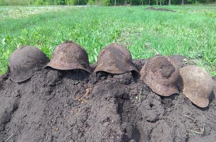 1df15562d5ea74e3d0fefef5c3b1f57c preview w440 h290 - У Бердичівському районі знайшли рештки кадрових військових, які у 1941 році загинули від кулеметного вогню