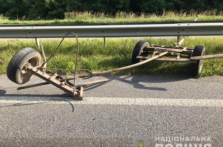 9752556a95075b1a81eff6b8fa33e0d3 preview w440 h290 - Уночі в Житомирській області два «Опелі» по черзі протаранили воза, що розвертався: троє людей загинули