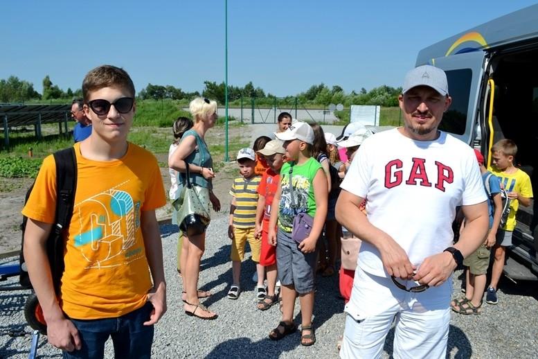 5d2cb5d33e448 original w859 h569 - Олег Грамотенко показав дітям першу на Житомирщині сонячну електростанцію