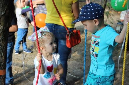 6c289b102ce46558568216108bd24e16 preview w440 h290 - Мотузковий парк «Лазанка» від Фонду родини Розенблат відкрили на Маликова
