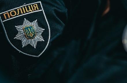 b082e8c5a9f1e3c60147e457846a9ca9 preview w440 h290 - У Житомирській області винуватець ДТП з товаришем побили інспектора поліції