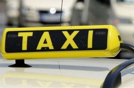b8693609b247034753e9aa3b587384b5 preview w440 h290 - Уряд дозволив легальним таксистам рухатися смугами для громадського транспорту