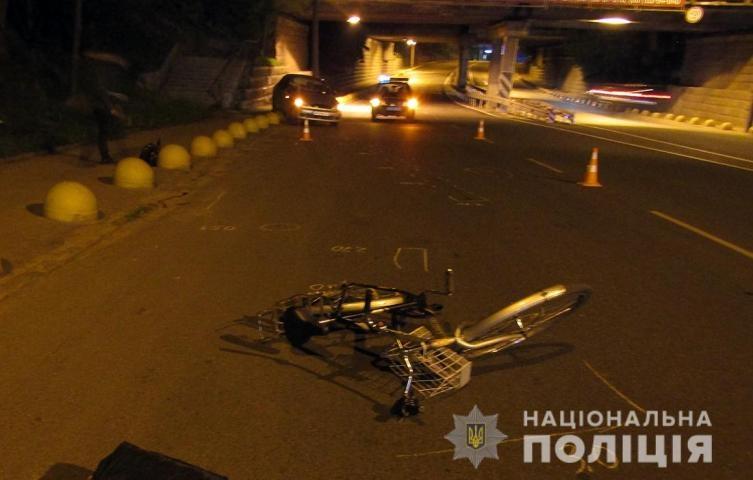 5ec2517b7a5c8 original w859 h569 - Поліція розшукує водія, який на Audi вночі збив пішохода у Коростені