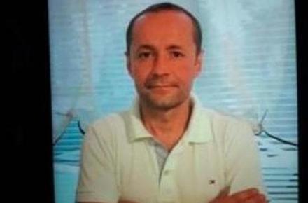 48f531002524603603464dafeff0ee2e preview w440 h290 - У селищі Житомирської області під час конфлікту чоловік поранив ножем 9 людей і втік, один хлопець помер