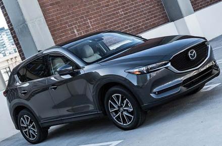 d1b7484b2ef36cefef4c88541b4a11dc preview w440 h290 - Керівник апарату Житомирської ОДА за 750 тис. грн купив новенький автомобіль Mazda