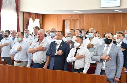 bace576773cf11f9abc86ef7f180ed00 preview w440 h290 - Фоторепортаж з «карантинної» сесії Житомирської обласної ради