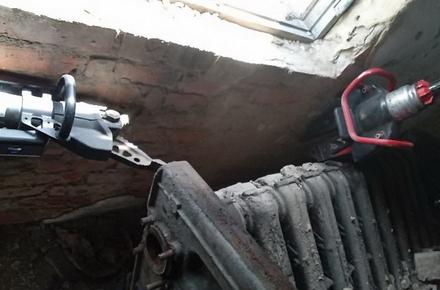 f63210d9883cd2393bdc72006132224c preview w440 h290 - На підприємстві у Житомирській області пенсіонера затиснуло металевим обладнанням, чоловіка визволяли рятувальники