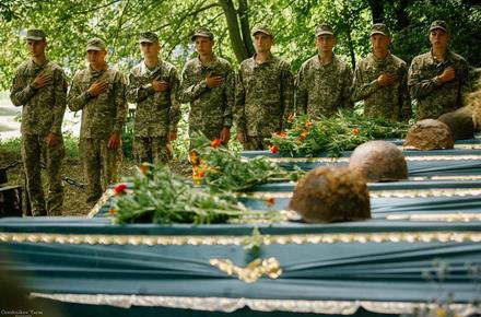 56b65423672628504f4bcdeadb015300 preview w440 h290 - У селі Бердичівського району перепоховали 30 радянських солдатів, які загинули в Другій світовій війні