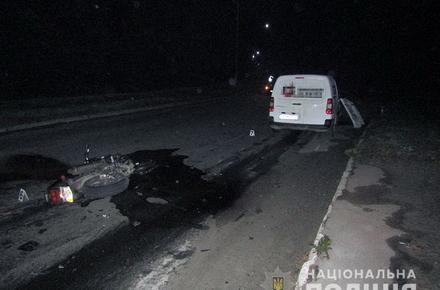 066eabc6591a648975a9e51209e9ad33 preview w440 h290 - У райцентрі Житомирської області мотоцикл на зустрічній смузі «влетів» у Peugeot: загинули чоловік та дружина