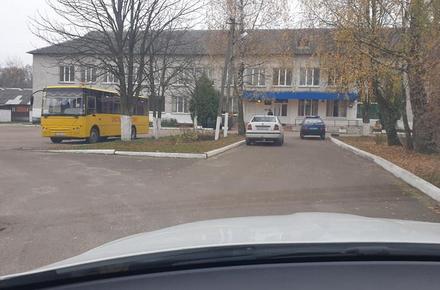 8b52589661aaa87b47ae0110d2793e43 preview w440 h290 - У Олевську вночі крадії винесли зі школи комп'ютери та телевізор