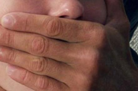 49da7bbe7938c3e0be7959d41218c5c0 preview w440 h290 - Жителя Житомирської області, затриманого за ґвалтування хрещениці, підозрюють у насильстві і щодо її сестрички та зберіганні дитячої порнографії